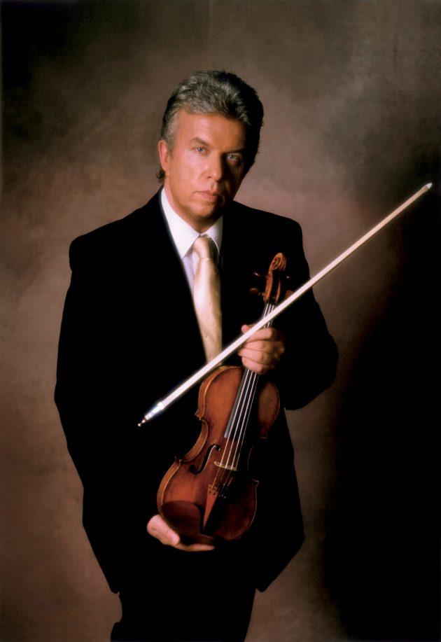 Jaroslav Svěcený - houslový virtuos